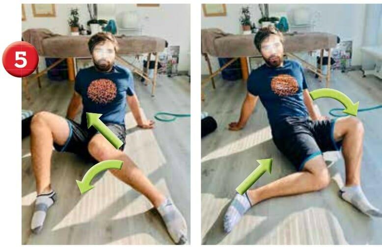 Assis au sol, les mains en arrière. Fléchir les membres inférieurs de moitié et eff ectuer un mouvement d'essuie-glace avec les genoux en allant insister en position fi nale vers la rotation médiale. Si l'étirement est insuffisant et que vous voulez augmenter la rotation médiale de hanche, soulevez les fesses du sol en maintenant le genou collé au sol.